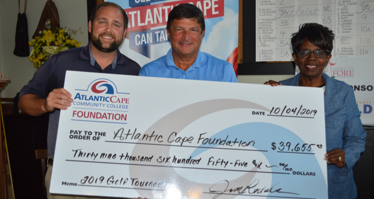 Annual Foundation Golf Tournament raised over $42,000 for scholarships